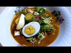 MEE REBUS STEP 1 - YouTube Local Forecast, Mee Rebus, Lettuce Cups, Kevin Macleod, Savoury Recipes, Asian Style, Noodles, Sauces, About Me Blog