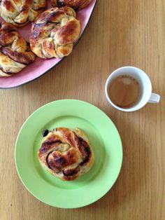 Gunns momsemat: Sjokoladeknuter French Toast, Breakfast, Desserts, Food, Breakfast Cafe, Meal, Hoods, Dessert, Postres