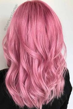 Pink hair is super-trendy and totally awesome! Not quite sure you can pull it off? Check out these awesome rosy hair styles for bold new you! hair 20 Flirty Pink Hair Ideas for You Pastel Pink Hair, Lilac Hair, Hair Color Pink, Cool Hair Color, Pink Hair Dye, Baby Pink Hair, Bright Pink Hair, Green Hair, Blue Hair