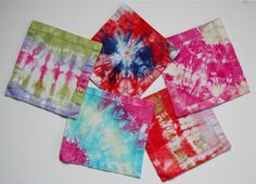 We love our DIY tie dye lunchbox napkins!