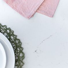 ILANGA KITCHEN | Shere Kitchens - beautiful kitchens handmade in Shere Guildford Surrey White Wood Kitchens, Handmade Kitchens, Bespoke Kitchens, Beautiful Kitchens, Surrey, Tableware, Dinnerware, Tablewares, Dishes