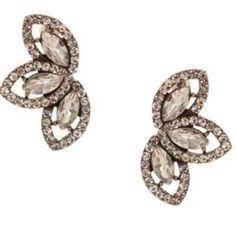 Olivia Welles Dana Crystal Earrings Nwt