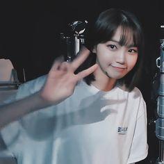 Korean Girl, Asian Girl, When You Kiss Me, Kawaii Chan, One Piece Luffy, Beautiful Fairies, Slice Of Life, K Idol, Cute Icons