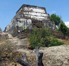 El Tepozteco archaeological ruins in El Tepozteco Hill. Tepoztlan, Morelos, México