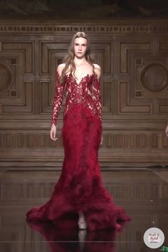 Couture Fashion, Runway Fashion, Winter Gowns, Fantasy Gowns, Tony Ward, Most Beautiful Dresses, Red Carpet Dresses, Couture Collection, Formal Gowns