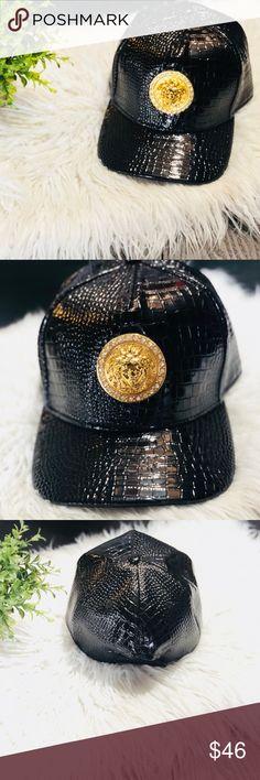 a7ba7f1c89667 Black Patent Flat Brim Snakeskin Hat 🐍 Adjustable Snapback Medusa Metal  Badge on Front Patent leather
