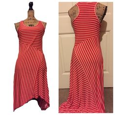 Magic Hi low dress Super cute!! Great condition! BUNDLES OF 5 OR MORE ITEMS ARE 50% OFF! Dresses High Low