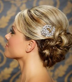 Crystal Bridal Hair Comb, Rhinestone Bridal Headpiece, Vintage Hair Brooch, Wedding Hair Accessories - Ready to Ship