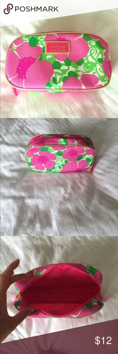 New Lilly Pulitzer Cosmetic Bag New Lilly Pulitzer Cosmetic Bag Lilly Pulitzer Bags Cosmetic Bags & Cases