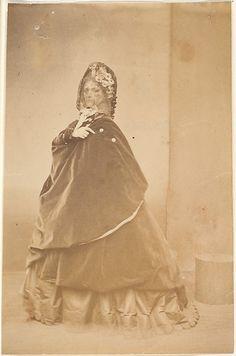 'La cape', silver print, by Pierre-Louis Pierson, ca 1860s