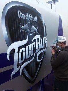 Remer Art airbrush studio   Redbull Tourbus