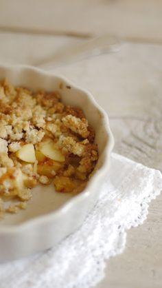 Lykkelig - mein Foodblog: Sofa statt Sommerwiese: Rezept für köstlichen Apple-Crumble - schmeckt auch im Sommer tiptop!