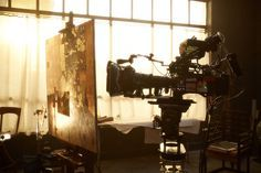 """'Woman in Gold'  Filming of the painting by Artist Steve Mitchell of Gustav Klimt's 1907 masterpiece, """"Portrait of Adele Bloch-Bauer I."""""""