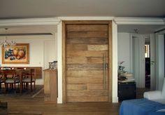 Decor Salteado - Blog de Decoração   Construção   Arquitetura   Paisagismo: Portas Pivotantes – modernize a entrada da sua casa!