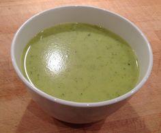 Zucchini-Kartoffel Creme Suppe - Zucchinisuppe by Rievkooche on www.rezeptwelt.de