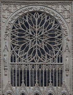 the exterior view of the rose window of #Amiens Cathedral - France built 1220-70 (by Stan Parry Photography) #gothic