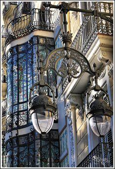 love-spain:Barcelona, art de architecture unique arts via: Architecture Unique, Architecture Art Nouveau, Barcelona Architecture, Art Nouveau Interior, French Architecture, Facade Architecture, Beautiful Buildings, Beautiful Places, House Beautiful