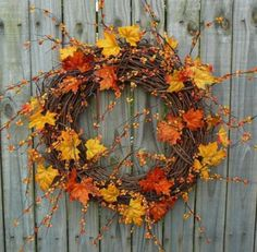 17 Colorful Fall Wreaths For Your Wedding Decor