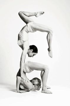 Contortion Artists. Big Foot Events.