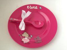 Platito y cubiertos con la ratita Marietis para la pequeña Elena #vajillas #niños #kids #pintadoamano