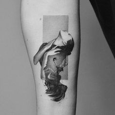 Traveler's portals in tattoos Amanda Piejak - Tattoo artist Amanda Piejak minimalistic dotwork tattoo You are in the right place about Traveler' - Tattoos Skull, Dope Tattoos, Pretty Tattoos, Beautiful Tattoos, Body Art Tattoos, Girl Tattoos, Tattoos For Guys, Tatoos, Black Tattoo Art