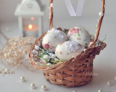 Easter Baskets, Wicker Baskets, Easter Eggs, Decoupage, Home Decor, Decoration Home, Room Decor, Home Interior Design, Home Decoration