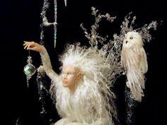 http://fc05.deviantart.net/fs70/i/2011/077/3/e/winter_fairy_by_olderealms-d3bx2g1.jpg