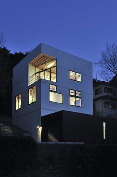 MTH / aat+makoto yokomizo, architects