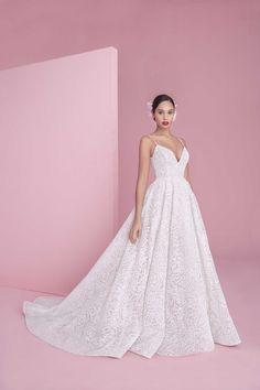 b7ac834a2e1b 8 Best Hayley Paige - Designer Wedding Gowns images | Dream dress ...