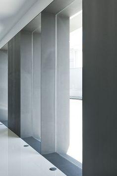 e|348 Arquitectura | Nuno Pinheiro & António Teixeira | Pharmacy in Póvoa de Varzim, Portugal: