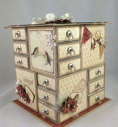 Matchbox Crafts, Matchbox Art, Cardboard Storage, Craft Storage, Diy Arts And Crafts, Paper Crafts, Paper Beads Tutorial, Diy Advent Calendar, Pretty Box