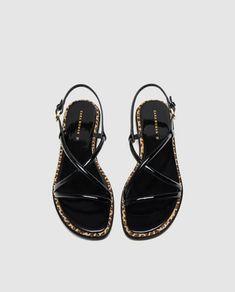 Imagen 2 de PALA TIRAS DETALLE ESTAMPADO ANIMAL de Zara Zara, Strappy Sandals, Footwear, Fancy, Detail, Shoes, Style, Image, Clothes