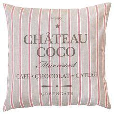 Povlak na polštář v šedo-červené barvě potěší každého milovníka čokolády a stylu Provence, cena 987 Kč; Apropos