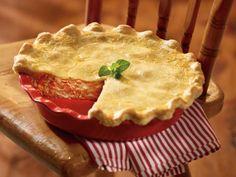 Clover Leaf's My Mom's Salmon Pie. tinned salmon, canned salmon Tuna Recipes, Pie Recipes, Seafood Recipes, Cooking Recipes, Party Recipes, Recipies, Salmon Pie, Salmon Soup, Creamy Salmon Pasta