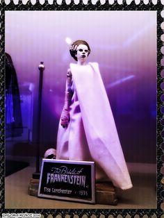 """La novia de Frankenstein. En realidad es la novia de la criatura. Elsa Lanchester sirvió de modelo tal y como aparece en """"La novia de Frankenstein"""" en 1935. The Bride of Frankestein is Elsa Lanchester in the famous film director by James Whale in 1935"""