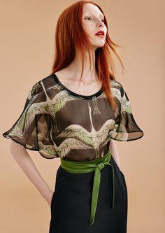 Butterfly top, 100% silk organza Fabulous silk belt, 100% parachute silk