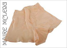 Vintage silk tap pant Ca. 1920,beautiful peach color,floral appliques...