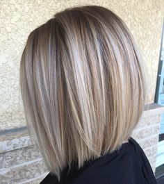 "6,623 Likes, 76 Comments - Sarah McDonald  (@styles.by.sarah) on Instagram: ""Who else loves blunt textured bobs??  (Color, cut & style by @styles.by.sarah)"""