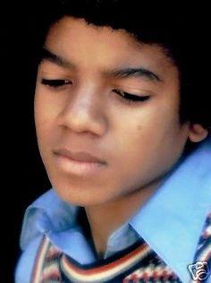 MICHAEL JACKSON CLOSE UP SAD CHILDHOOD PHOTO - Circa 1970 - http://www.michael-jackson-memorabilia.com/?p=7568