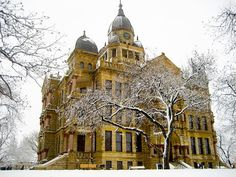 Denton, Texas county courthouse
