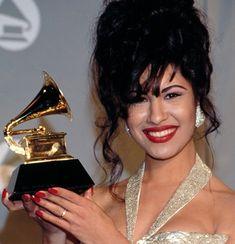 Selena Quintanilla | DIVERTIDA: Gracias a la Tecnología, La Voz de Selena Quintanilla ...