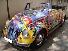 Pics: A 1957 Volkswagen Beetle Cabriorlet. Painted by kids Beetles Volkswagen, Volkswagen Bus, Vw Camper, Camper Life, My Dream Car, Dream Cars, Jeep Carros, Bugs, Vw Cabrio