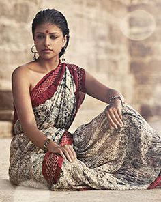 Indian ethnic Fashion I Indian Ethnic, Indian Girls, Ethnic Fashion, Indian Fashion, India Beauty, Asian Beauty, Hippie Vintage, Photography Women, Indian Sarees
