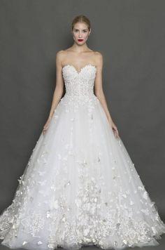 Wedding Dress: Francesca Miranda