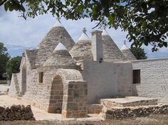 trullo - perhaps someday i will live in one of these.