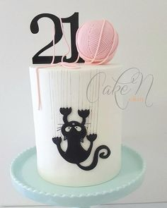 used our Scratching Cat Cutter to create this beautiful cake. - - used our Scratching Cat Cutter to create this beautiful cake. Link … – used our Scratching Cat Cutter to create this beautiful cake. Birthday Cake For Cat, 21st Birthday Cakes, Birthday Cakes For Women, Flower Birthday, Fondant Cakes, Cupcake Cakes, New Cake, Birthday Cake Decorating, Cat Party