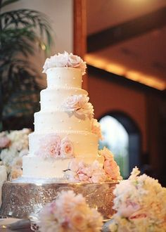 pretty wedding cake - pink roses and peonies