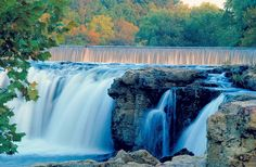 Located on Shoal Creek, #GrandFalls is one of #Missouri's most scenic destinations. The largest continuously flowing natural waterfall in Missouri, Grand Falls plunges 25 feet to a solid ledge before flowing southward. Visit #Joplin to view the falls and a number of other enticing attractions. http://www.visitmo.com/trip-ideas-in-missouri/discover-joplin-inside-and-out.aspx