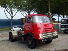 DAF BB-73-02  2400 DO de Ruijter Meerkerk. Old Lorries, Commercial Vehicle, Vintage Trucks, Classic Trucks, Cars And Motorcycles, Vans, Vehicles, Design, Rat Rod Trucks