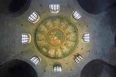 """Batisterio Ariano - """"Mosaicos de Ravena, na Itàlia: uma Sinfonia dei Cores"""" by @VontadeDeViajar"""